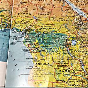 Zambia i förhållande till Nigeria på kartan