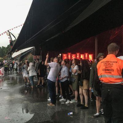 Flow-festivaalin evakuoitu teltta.