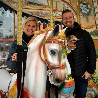 Suomen Tivolin toimitusjohtaja Lulu Sariola ja Tivoli Sariolan toimitusjohtaja Ville Sariola.