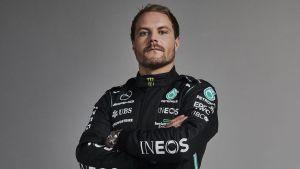 Valtteri Bottas i sin overall modell 2021.