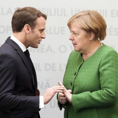Emmanuel Macron ja Angela Merkel