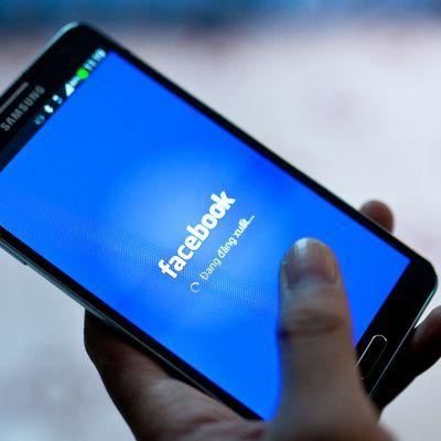 Espanjan tietosuojavaltuutettu määräsi Facebookille sakot maan tietosuojalakien rikkomisesta.