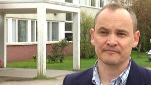 Petri Nyberg, rektor i Ekenäs högstadieskola.