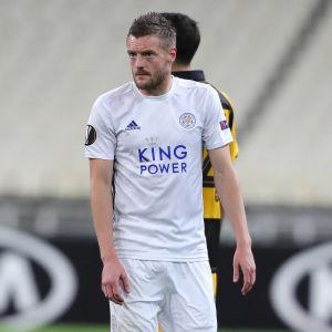 Leicesters Jamie Vardy gjorde mål på straff i matchen mot AEK.