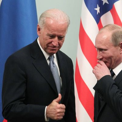 Yhdysvaltain entinen varapresidentti Joe Biden ja Venäjän pääministeri Vladimir Putin tapasivat Moskovassa vuonna 2011.