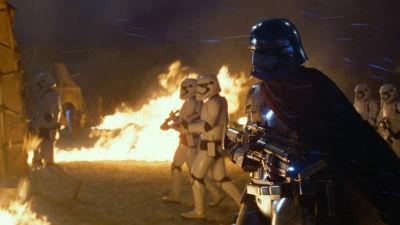 Mörkrets makter på frammarsch i Star Wars: The Force Awakens
