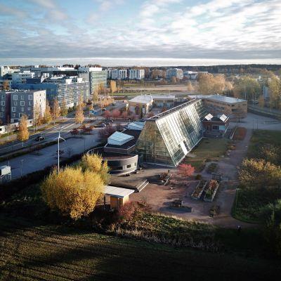 Gardenia-rakennus Helsingin Viikissä.