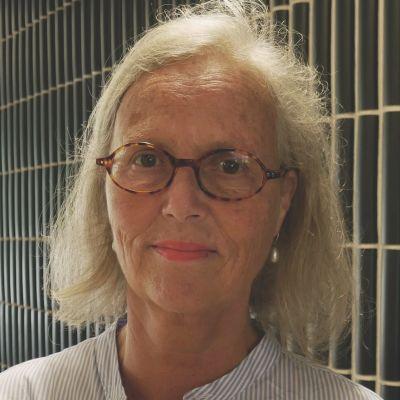 Porträttfoto på Britt Monti.