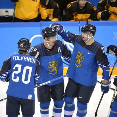 Suomi juhli Saksaa vastaan