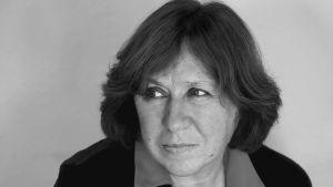Kirjallisuuden Nobel-palkinnon 2015 saanut kirjailija Svetlana Aleksijevitš