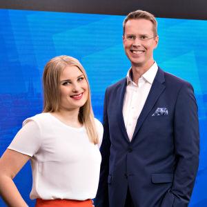 Ylen aamun juontajat Rosa Kettumäki ja Nicklas Wancke