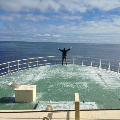 Torbjörn Pedersen på en resa mellan Grönland och Island
