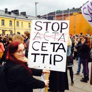 Demonstration mot Prihande i Helsingfors
