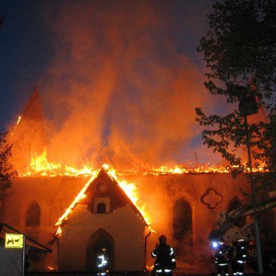 Borgå domkyrka brinner