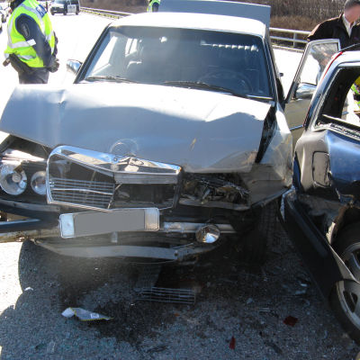Degerömördarens bil efter polisjakten april 2014