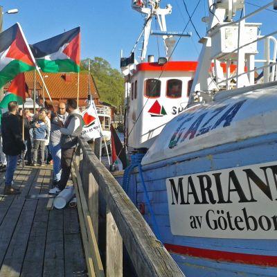 Ship to Gaza.