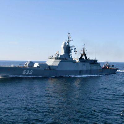 Venäjän laivaston alus lähellä Arandaa.