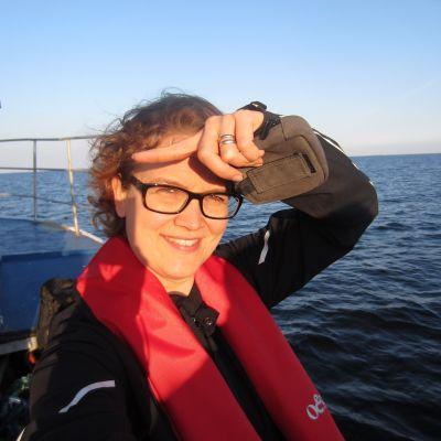 Malin Lönnroth arbetar med fiskefrågor på heltid.