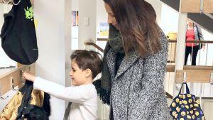 Romeo och hans mamma Nadia Boussir.