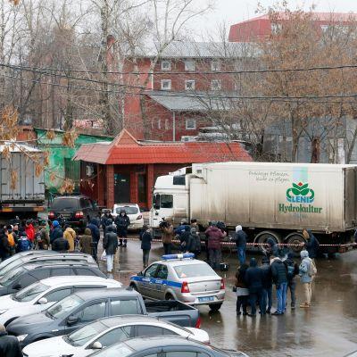 Rekka ja poliisiautoja Moskovassa