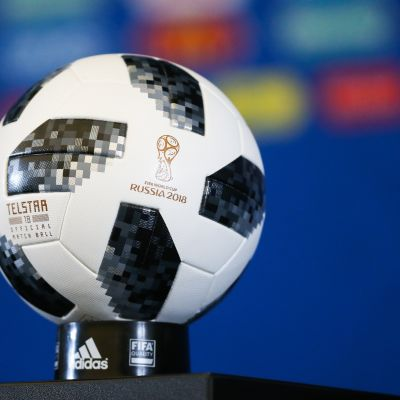 Jalkapallon MM-kisojen pallo.