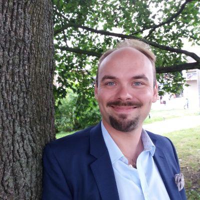 Kapellimestari, pianisti Ville Matvejeff