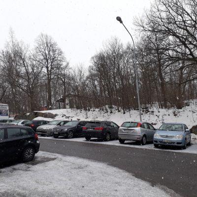 Urheilupuiston osa, johon on suunniteltu Veritaksen pääkonttoria.