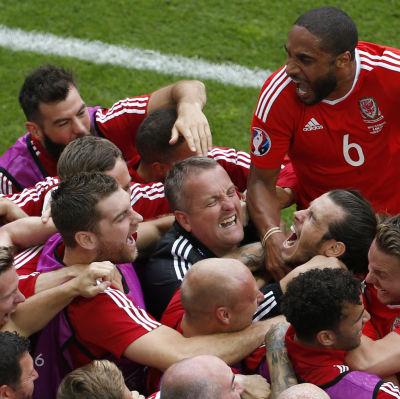 Wales jublar, EM 2016.