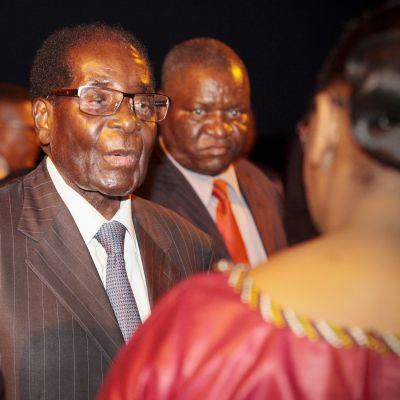 Zimbabwen presiidentti Robert Mugabe vieraili Ghanan itsenäisyyspäivän juhlissa 6. maaliskuuta.