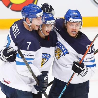 Esa Lindell, Sebastian Aho, Mikael Granlund.