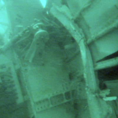 En bild av det störtade Air Asia-planet på havets botten som publicerades den 7 januari 2015.