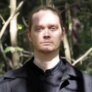 Runoilija Matti Kangaskoski
