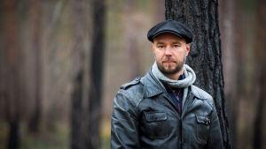 Bild på journalisten och författaren Sven Olov Karlsson.