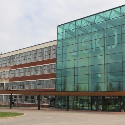 Isku tehdas Lahti