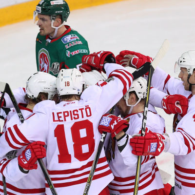 Jokerit firar ett KHL-mål.