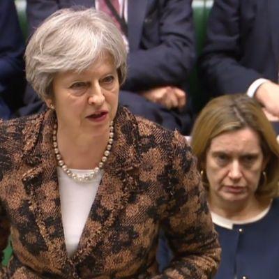 12 mars: Theresa May uttalar sig om attacken på Sergei och Julia Skripal.