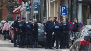 Polisräd i Etterbeek i Bryssel 9.4.2016.