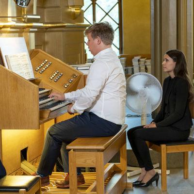 Korsholman Musiikkijuhlien avajaiskonsertti 27.7.2021. Vaasan kirkossa urkukonsertin esiintyjänä urkuri Pétur Sakari.