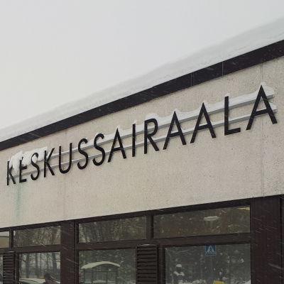 Mellersta Österbottens centralsjukhus i Karleby.