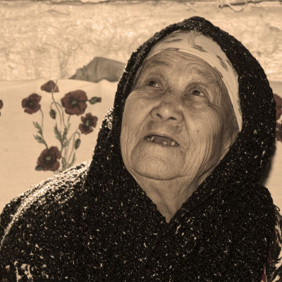 Old woman from Kyrgyzstan