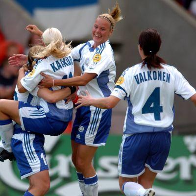 Suomi eteni EM-välierään voitettuaan Tanskan 2005.