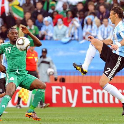 Nigeria och Argentina möttes vid VM 2010 i Sydafrika.