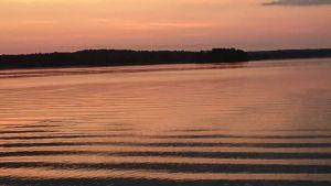 morgonrodnad över hav