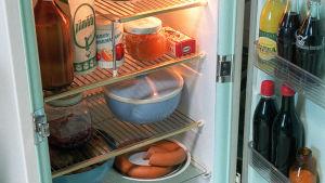 jääkaappi, ovi avoinna