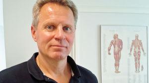 Jussi Parikka on Voice Massage -terapeutti