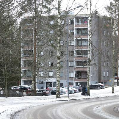 Kerrostalo Jyväskylässä.