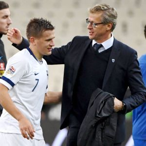 Robin Lod och Markku Kanerva efter matchen.