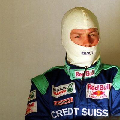 Kimi Räikkönen ja ajohuppu.