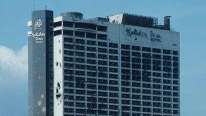 Det krigsskadade hotellet Holiday Inn i Beirut.