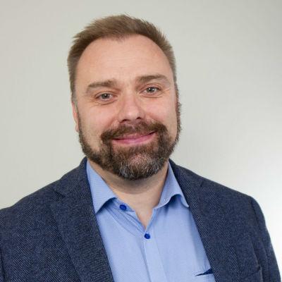 Mattias Fagerholm tar över som chefredaktör för Läraren.